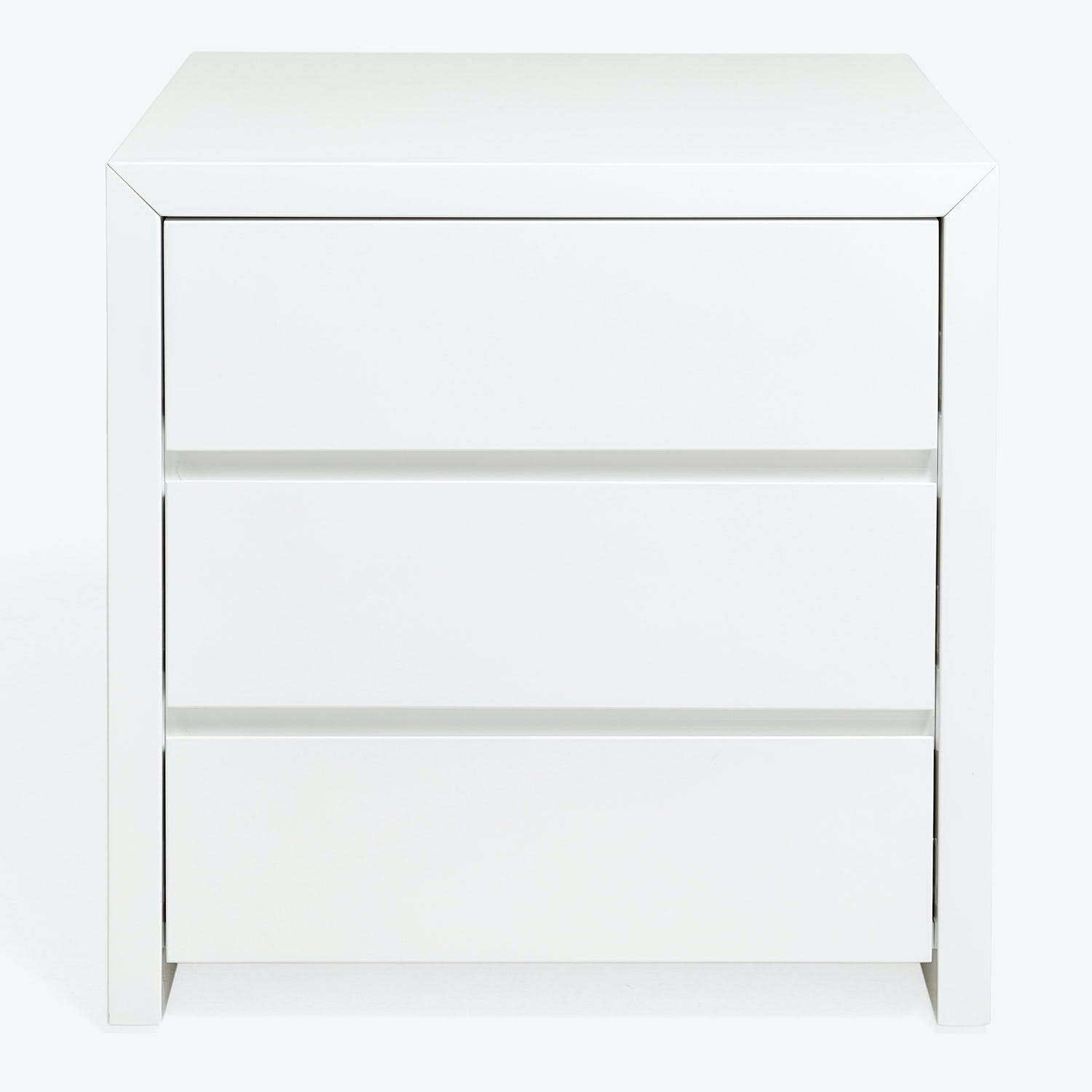 Fresco 3 Drawer Lacquer Nightstand Abc Home