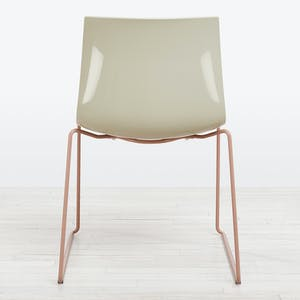 Product Image - Catifa 46 Side Chair Ivory