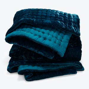 Product Image - Luminous Velvet Quilt Lagoon