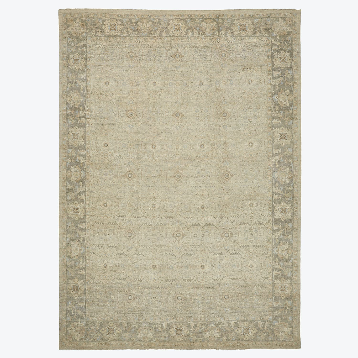 Product Image - Classic Rug-13'x18'