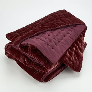 Product Image - Luminous Throw Mulberry