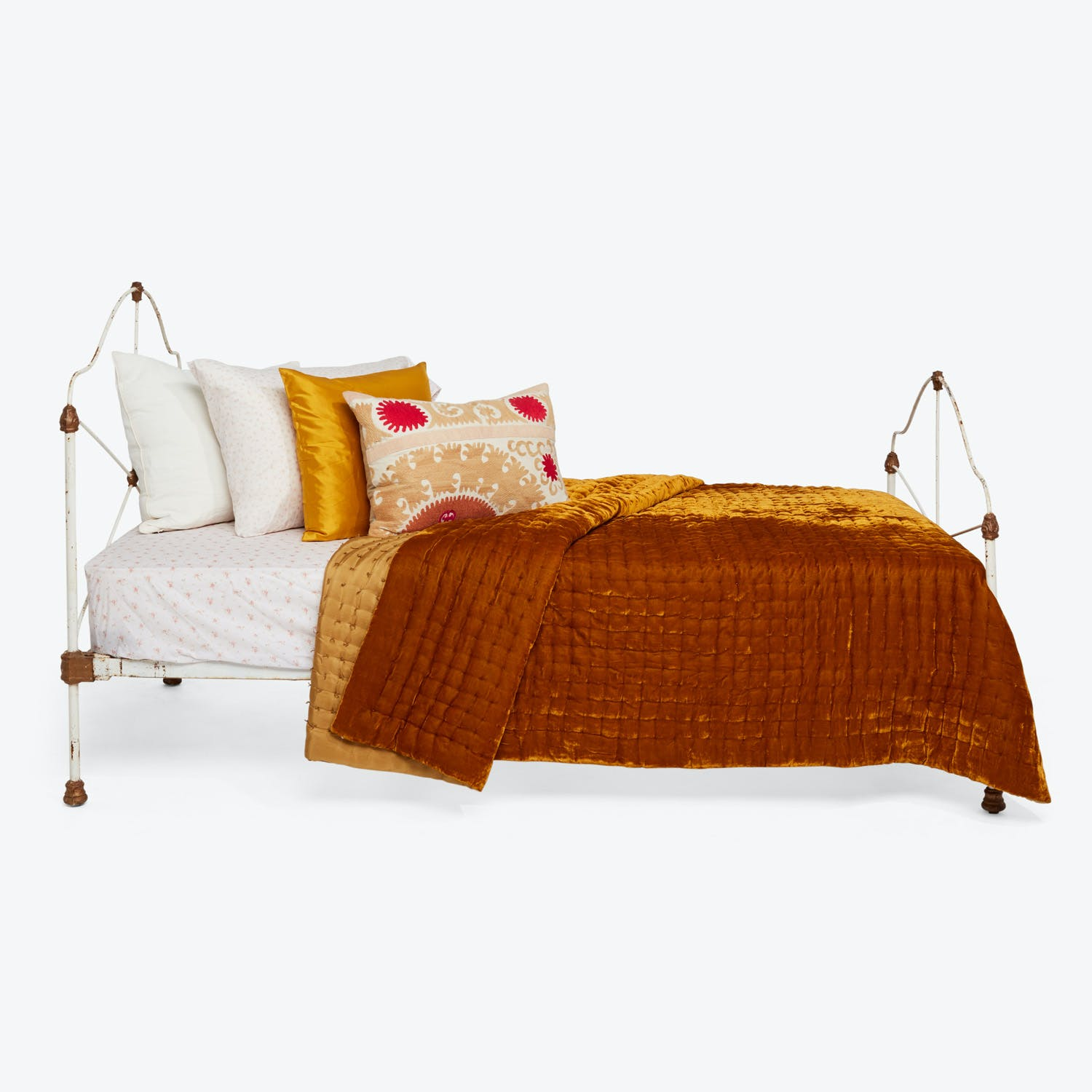 Antique Iron Twin Bed White