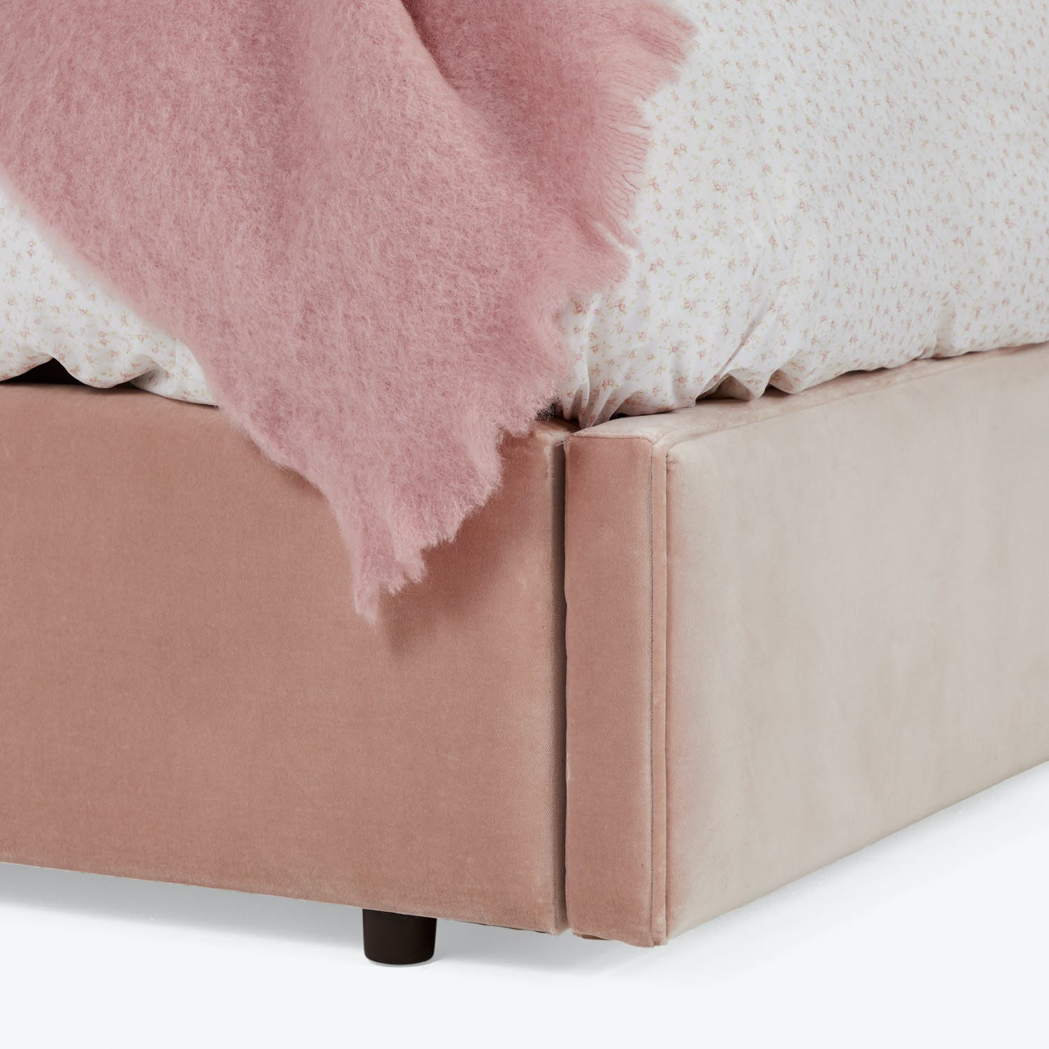 Carlyle King Storage Bed