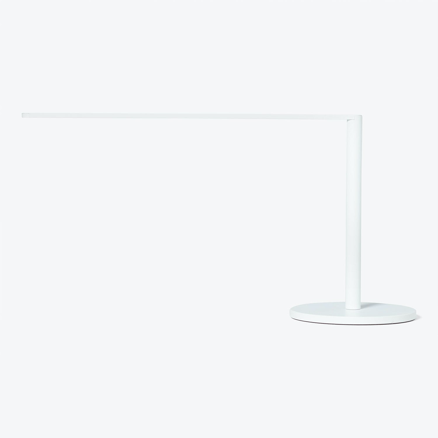 Product Image - Lady7 Desk Lamp White