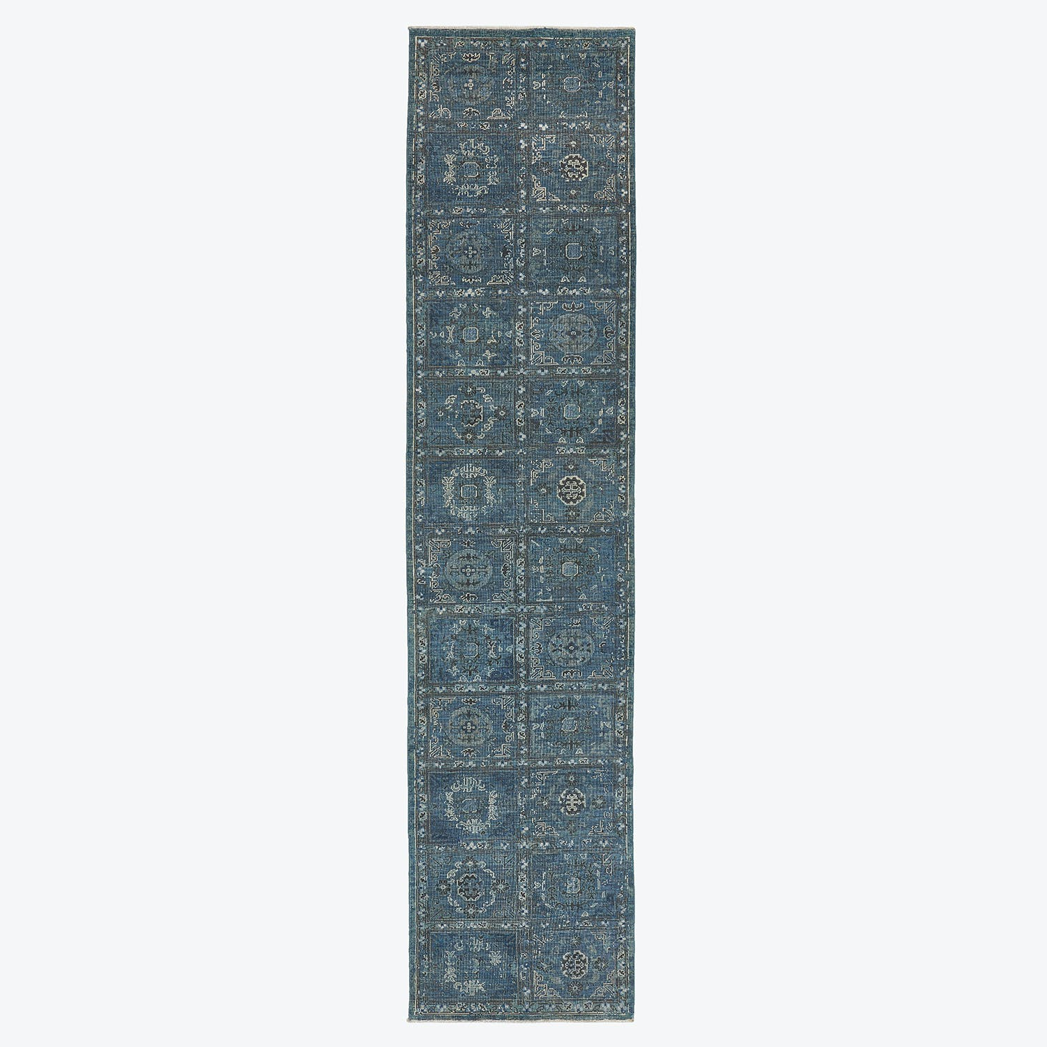 "Product Image - Traditional Rug - 2'7""x11'7"""