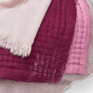 Product Image - Mohair Throw Rose